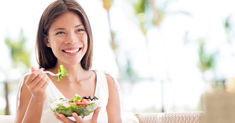 Impacts of Diet on Oral Health in Long-Term